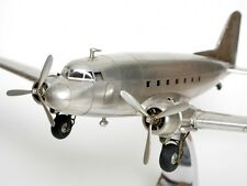 MODELLFLUGZEUG DC3 DC-3 DOUGLAS ROSINENBOMBER METALL FLUGZEUG STANDMODELL NEU