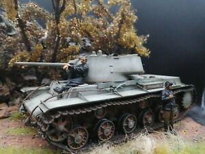 Trumpeter 00360 KV-1 Model 1942 Lightweight Cast Tank 1:35 Built & Painted