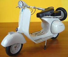 Standmodell Piaggio Vespa 150 VL1T  Baujahr 1955 in 1:6 Länge 30cm         49273