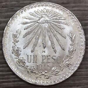 1945 Mexico Un Peso Cap & Rays Silver Coin (G565)