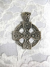 SHORT CROSS WITH RING DETAILED CELTIC KNOT BAIL & UNIQUE FRONT PENDANT NECKLACE