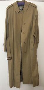 DAKS London vintage Ladies Raincoat