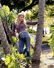 "DONNA DOUGLAS IN ""THE BEVERLY HILLBILLIES"" CBS TV  8X10 PUBLICITY PHOTO (CC-048)"