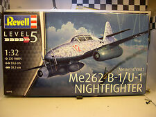 WWII GERMAN Me262 B1 NIGHTFIGHTER REVELL 1:32 SCALE PLASTIC MODEL AIRPLANE KIT