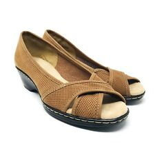 SOFTSPOTS Women Heels Size 6.5 M Lether Upper Classic Pumps Brown