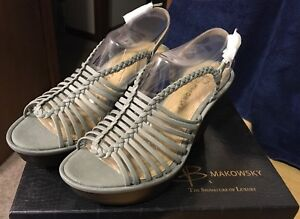 B Makowsky Willow Grey Leather Braided Wedge Sandals 6.5 New