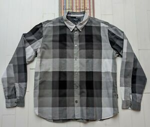 Paul Smith Shirt - Size XL - Large Checked Design - Absolutely Superb Condition