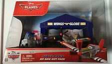 Disney Pixar Planes Judge Davis Pit Row Gift Pack with Pitty & Tent NIP Mattel-A