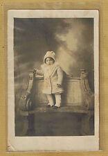 Carte Photo vintage card RPPC enfant manteau bonnet mode fashion pz0133