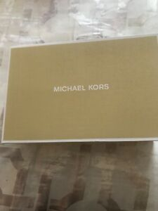 Women's Michael Kors shoes size 11 new