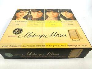 1970s GENERAL ELECTRIC MAKE-UP MIRROR vintage lighted MODEL B2IM-1 Original Box