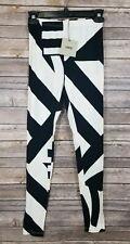 NWT ASOS Size 8 Leggings black/white Geometric patterned