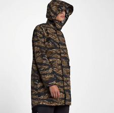 check out 4deba 73c22 Men s NikeLab Essentials Tiger Camo Parka Jacket Green Black Small 916430  235
