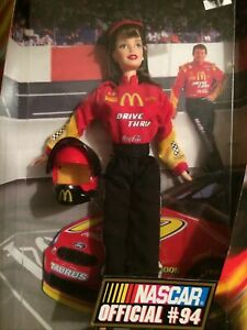 1999 NASCAR Official #94 Collector Edition Barbie Doll - Mattel 22954