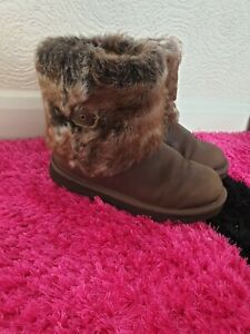 Ugg S/N 1008178k Brown Sheep Skin Leather Snow  Winter Boots UK size 3