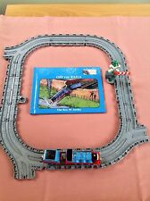 TAKE ALONG THOMAS & FRIENDS DIECAST GORDON TRAIN ENGINE BOOK AND TRACK PLAYSET