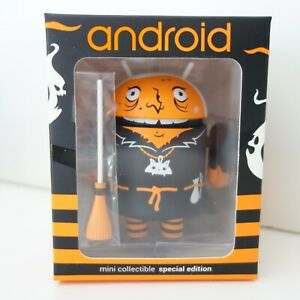 Android Vinyl Mini Collectible 2015 Halloween - Warty Witch by Andrew Bell