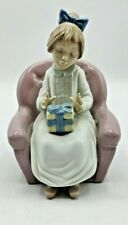 Nao Lladro Girl on Chair with Gift Figurine Made in Spain 1991 (M1)