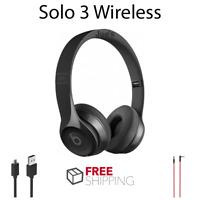 Beats by Dr. Dre Solo 3 3.0 Wireless Headphones - Gloss Black