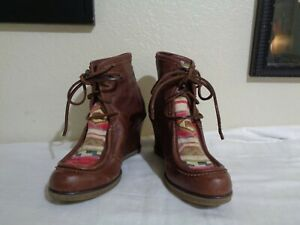 HOLDING HORSES BROWN LEATHER & SOUTHWEST FABRIC TRIM WEDGE ANKLE BOOTS 37