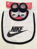 NEW Nike Baby Infant Newborn Bib & Booties Set Black White 0-6 months Gift Set