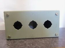 NEW HAMMOND HOFFMAN MANUFACTURING 1437C 3 HOLE ENCLOSURE