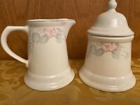 Pfaltzgraff Wyndham Sugar And Creamer Set