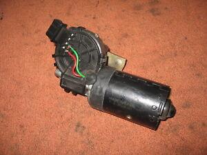 0390241360 Scheibenwischer Wischermotor vorne Peugeot 206 1998-2003 original