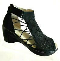 JBU by Jambu Nelly Vegan Womens Peep Toe Black Wedge Sandal Shoes 7.5 M Back Zip