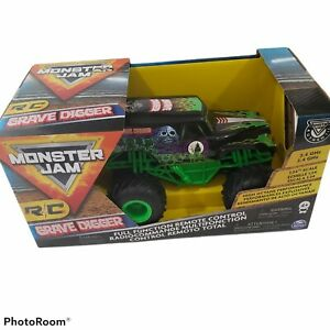 Bright R/C 1:24 Monster Jam 25 Grave Digger Remote Controlled Truck Damaged Box