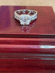 Beautiful TACORI Sterling Silver CZ 925 Pave Cubic Zirconia Ring 6 Grams Size 9