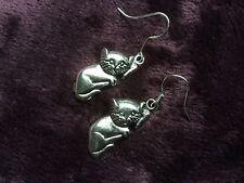 Silvertone Gato pendientes (perforado) (Se Vende Para Gatos De Protección)