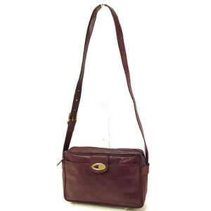 Longchamp Shoulder bag Red Gold Woman Authentic Used Y3048