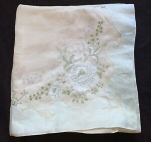 "Antique Vintage Madeira Organdy Banquet Tablecloth Nouveau Embroidered 140"""