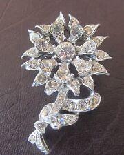 flower and leaf design Vintage crystal rhinestone brooch in