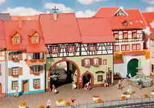 Faller H0 130499 Stadthaus Niederes Tor NEU/OVP