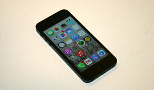 Apple iPhone 5 AT&T Phone 16GB Black Bundle with Case No AC Supply Adapter