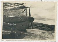 Foto Flugzeug / Airplane Me 109  vom JG 53 Pik-As unter Tarn in Italien (4399)