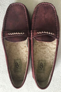 UGGs Australia women's slipper shoe leather wine color Size 6 New Without Box