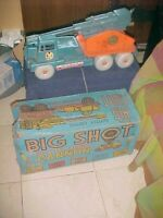 LOUIS MARX BIG SHOT Cannon Truck Battery Operated Missile Launcher with box