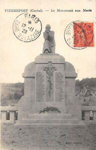 CPA 15 PIERREFORT LE MONUMENT AUX MORTS