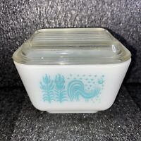 Vintage Pyrex 501 B Teal 1 1/2 CUP AMISH BUTTERPRINT Refrigerator Dish W Lid