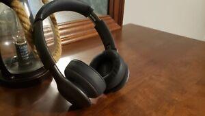 JBL Everest On-Ear Wireless Headphones - Gunmetal