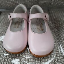 girls spanish shoes Size 4