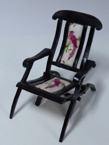 Dolls House 1:12 Scale Artisan Hand Made Folding Chair / Steamer Chair OOAK