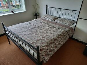 """Cast iron bed frame  5' x 6',6"""" (King Size)"""