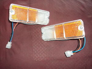 New 1979 Mazda 929 Front Park Turn Light lamp Pair Rh Lh Bumper