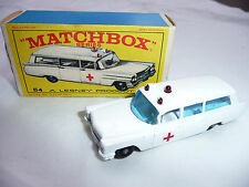 Matchbox Lesney Vintage no.54 Ambulance Cadillac 1960's E4 series Box