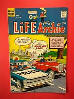 LIFE with ARCHIE #116 What kind of trouble is Archie in? (Bronze Age 1971)