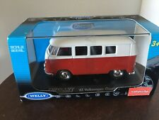 Welly Die Cast 1962 Volkswagen Classical Bus 1:24 Scale Model